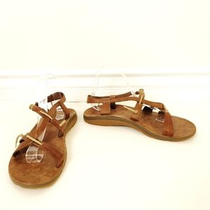 Chaco leather strappy women's sandals